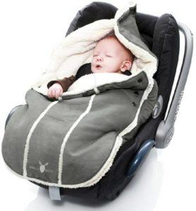 Kinderwagen für das Neugeborene